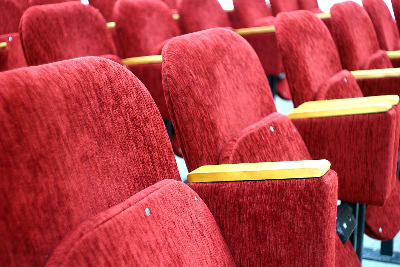 Beneficios de impartir teatro en los colegios