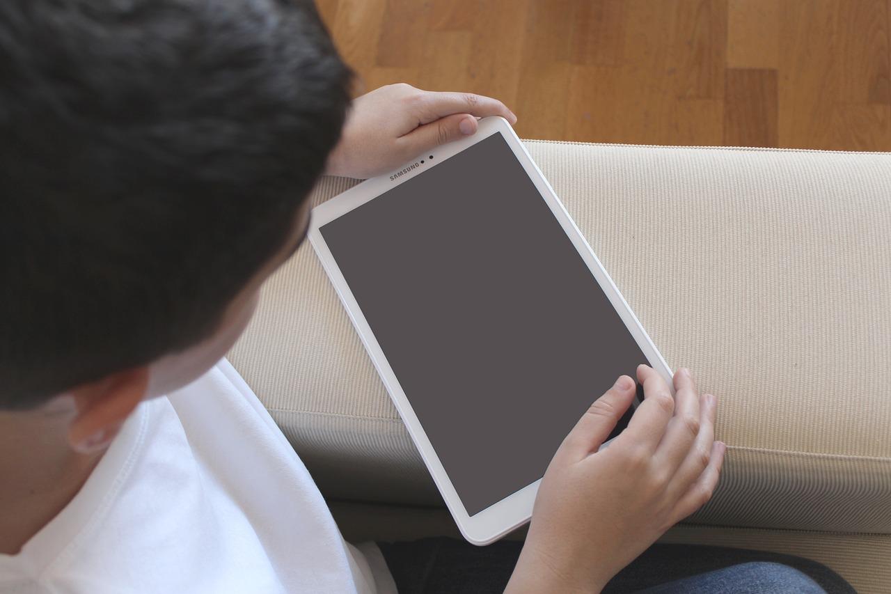 Manual de uso de redes sociales para niños y adolescentes