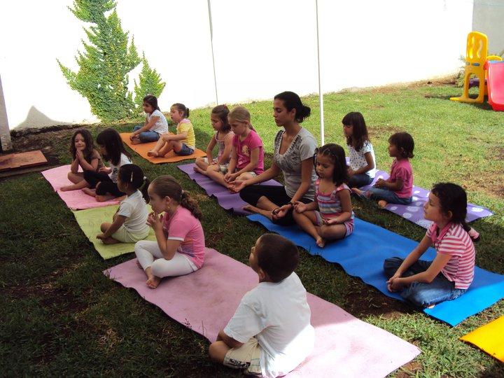 Beneficios del yoga en la educación infantil